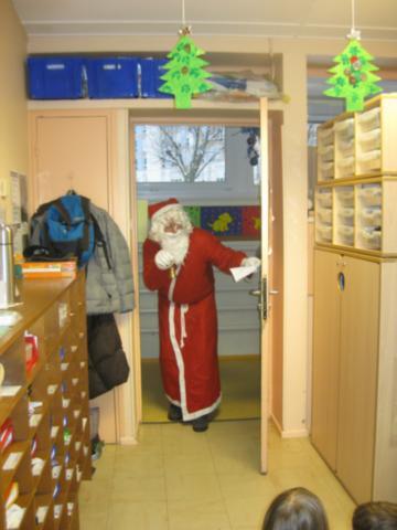 Père-Noël à l'école dans Père-Noël à l'école img_5844